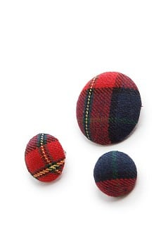 Plaid brooches set