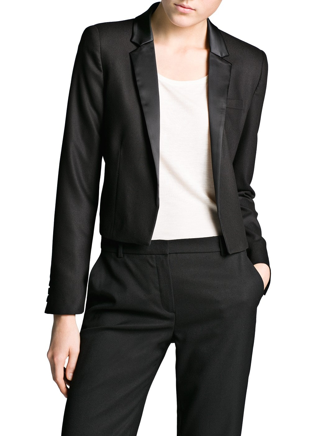 Satin lapel cropped blazer | MANGO