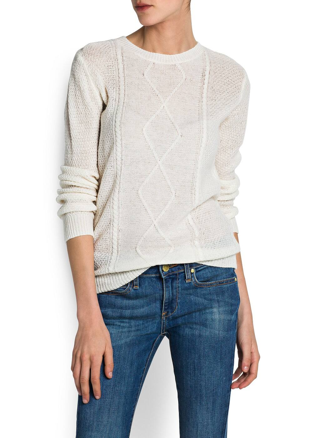 CABLE-KNIT ROUND NECK SWEATER