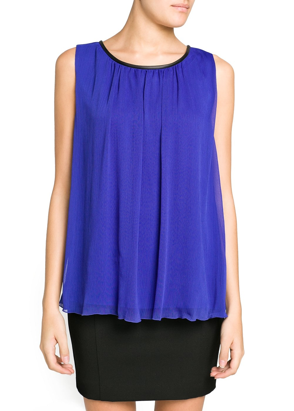 Pleated chiffon flowy top | MANGO