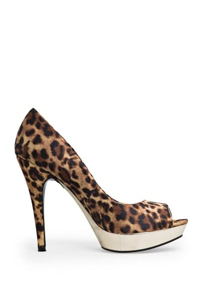 Leopard print peep-toe shoes