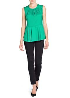 Top peplum pliegues