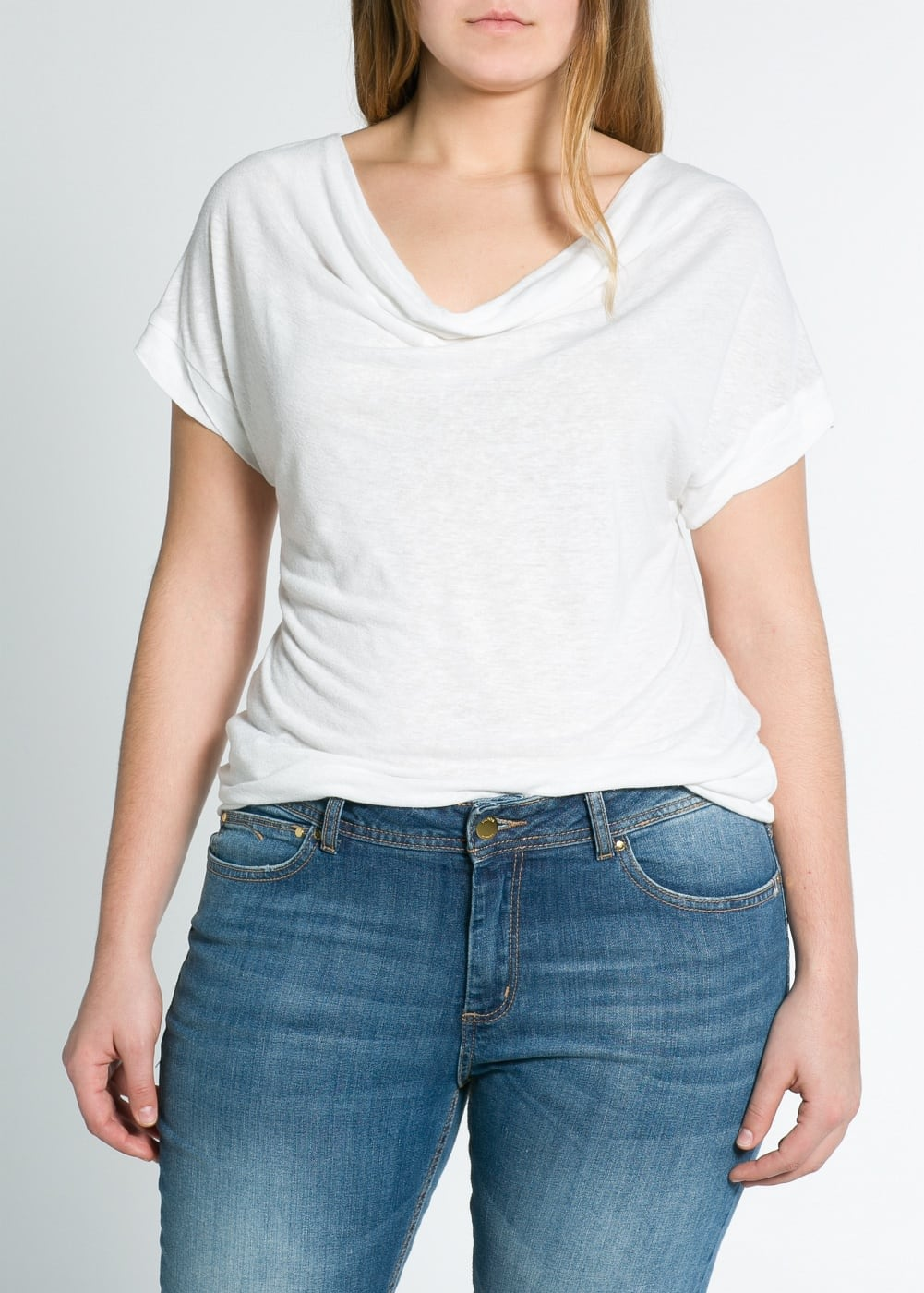 Draped neckline t-shirt | MANGO