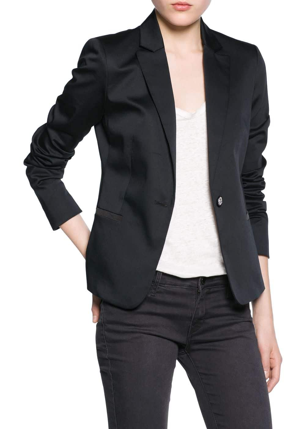 Engraved button blazer
