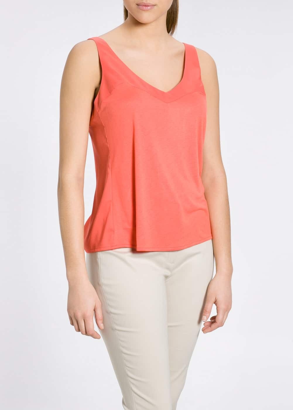 Contrast viscose top | MANGO
