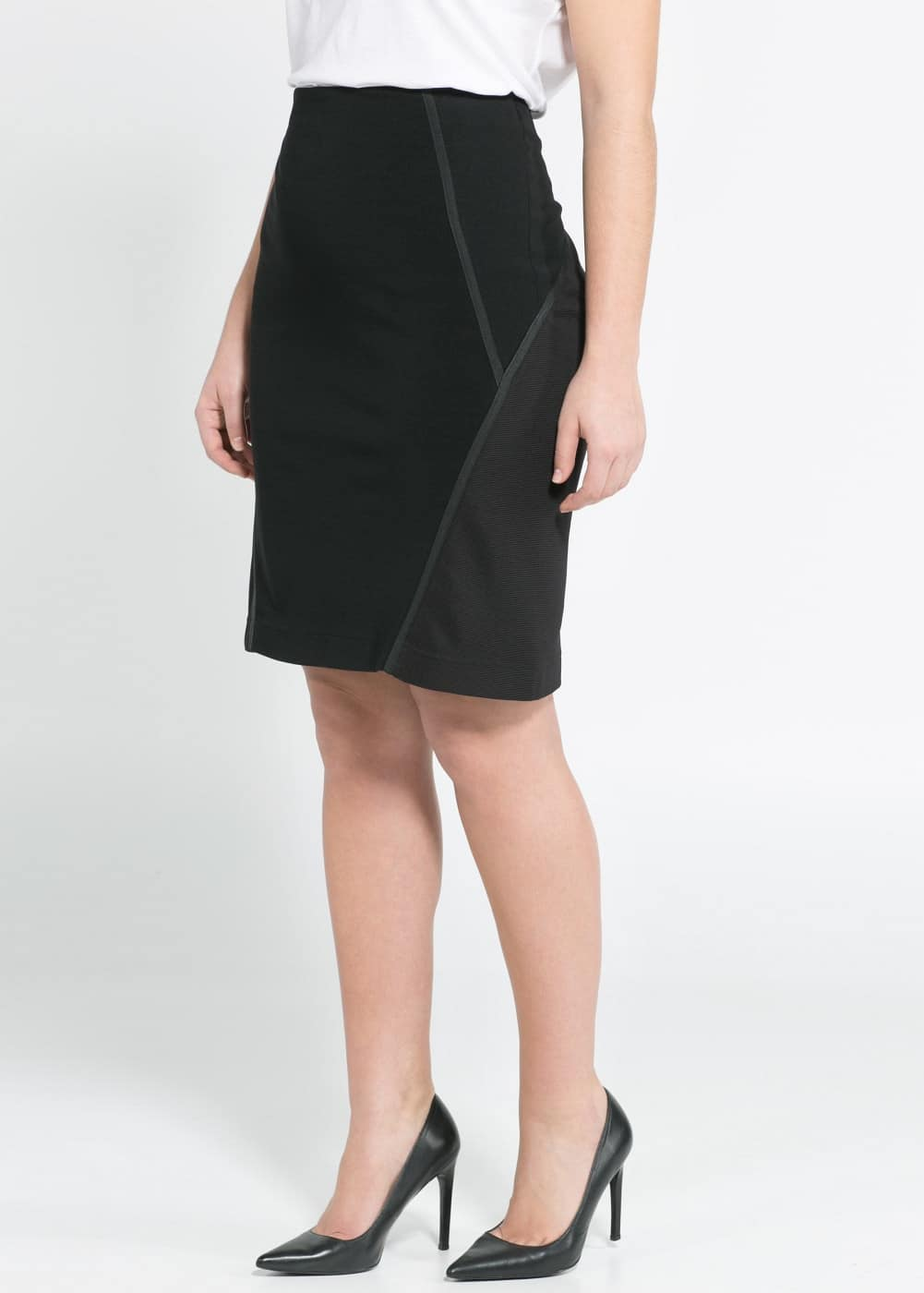 Trim pencil skirt