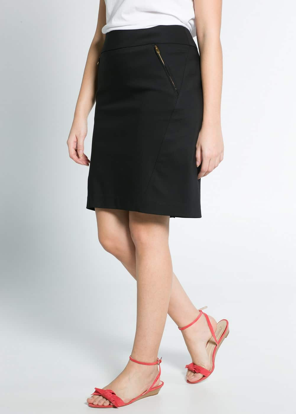 Two-pocket fitted skirt