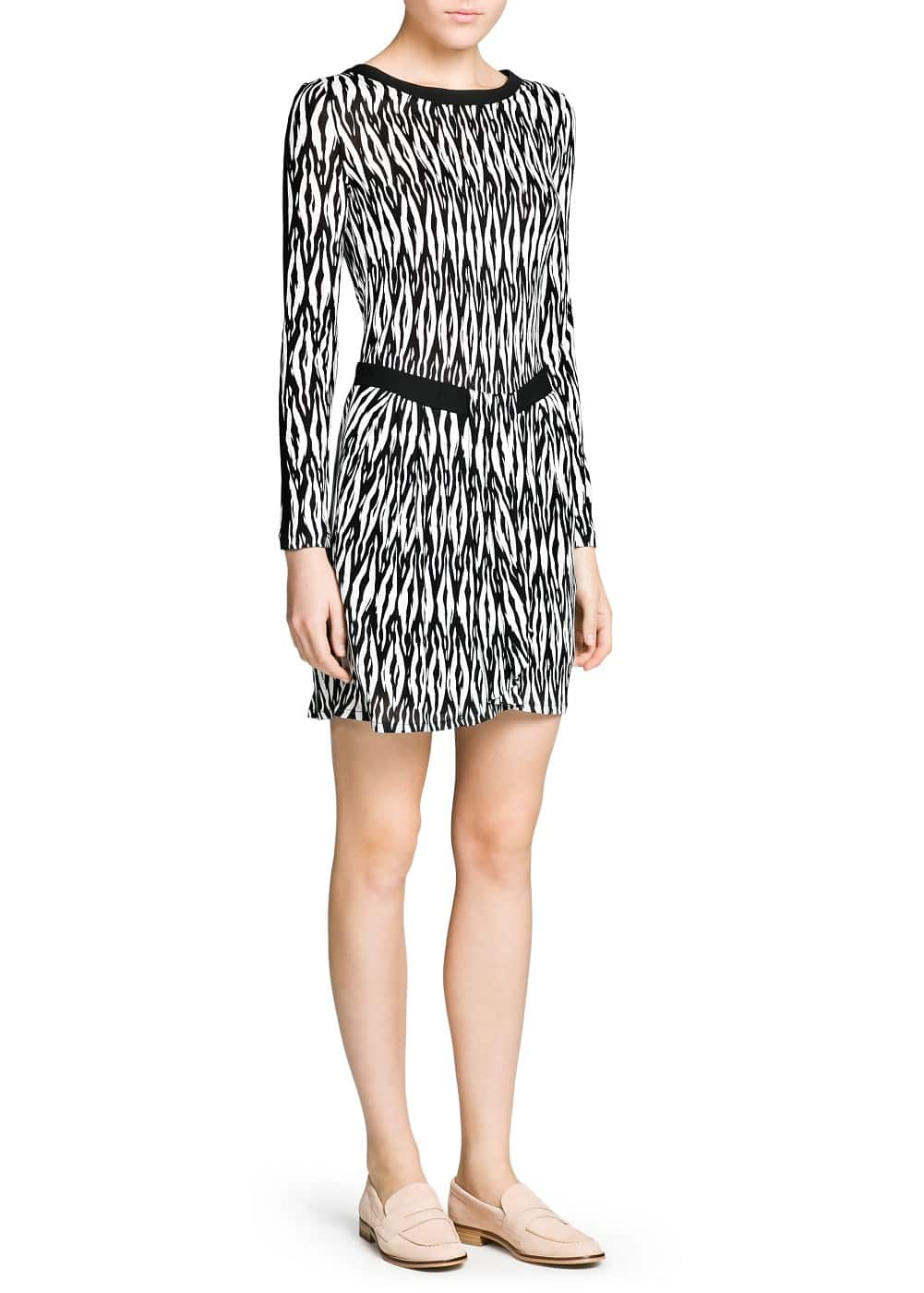Crepe appliqué monochrome dress | MANGO MAN