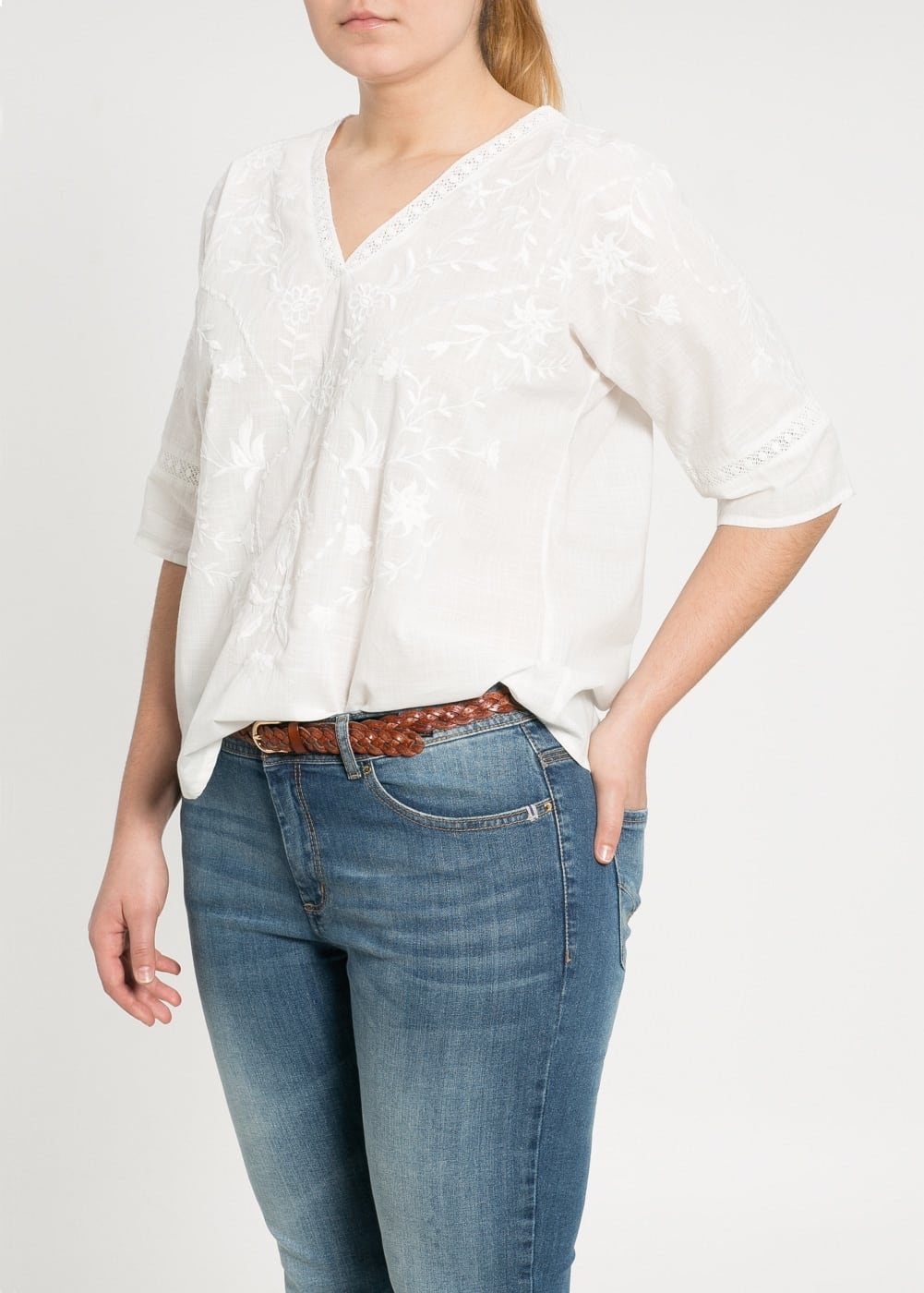 Crochet embroidered blouse | MANGO