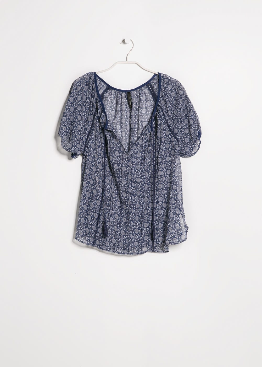 Trimmed ethnic blouse