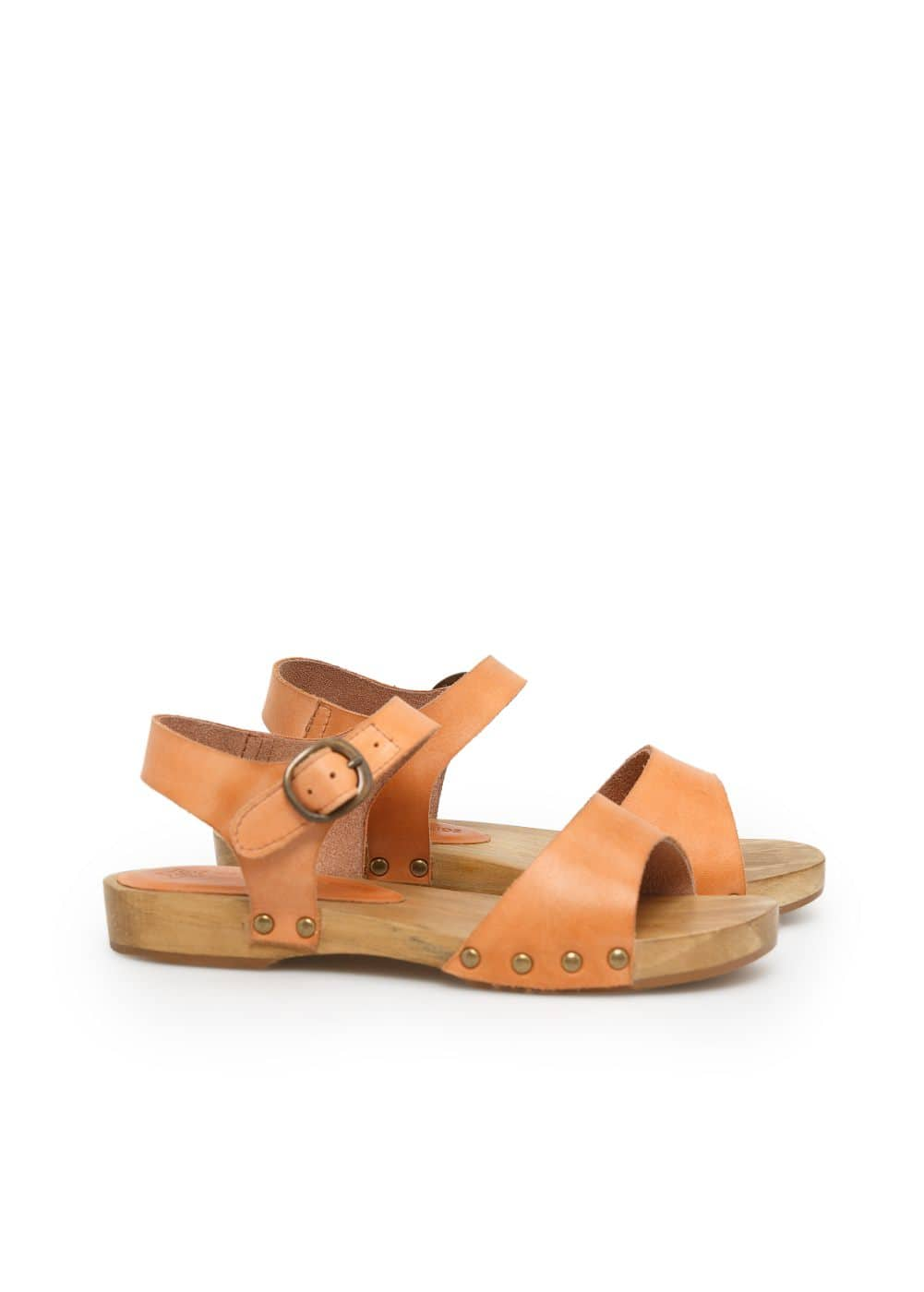 Wooden leather sandals