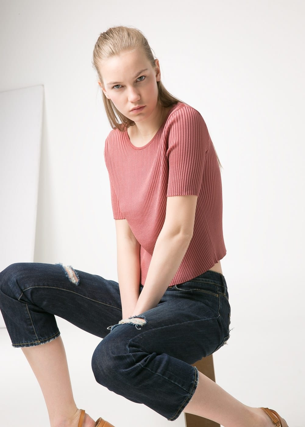 PREMIUM - Ribbed cropped sweater