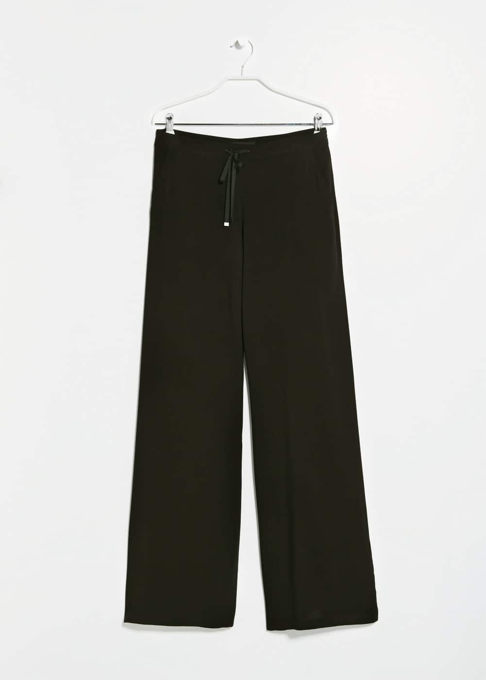 Flowy wide-leg trousers