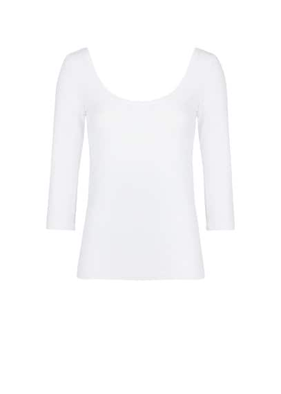 Scoop neckline t-shirt