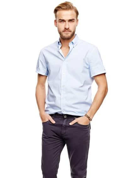 Camisa slim-fit estampada manga corta