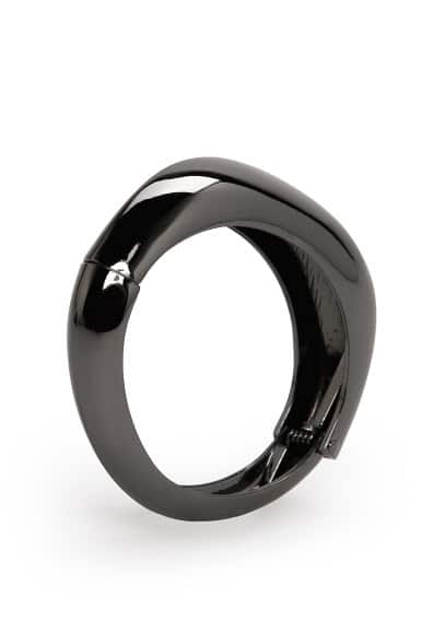 Metal hinged bangle