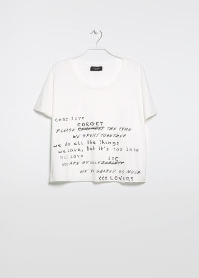 T-shirt cropped message