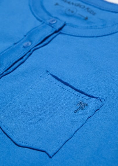 Pocket henley t-shirt