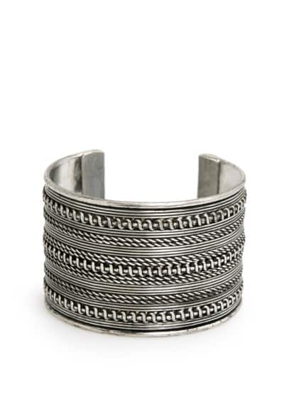 Textured metallic cuff