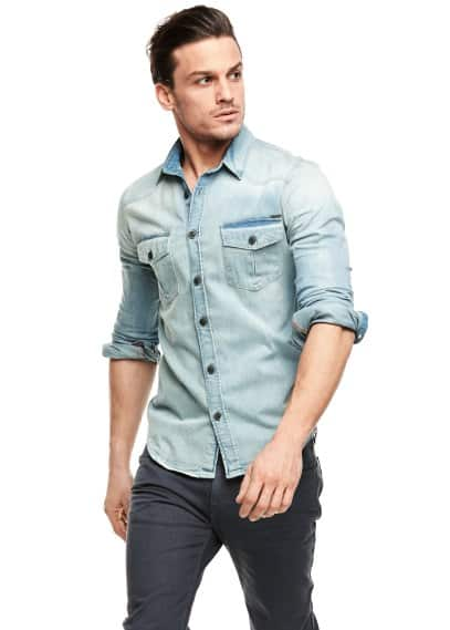 Camisa classic-fit denim claro