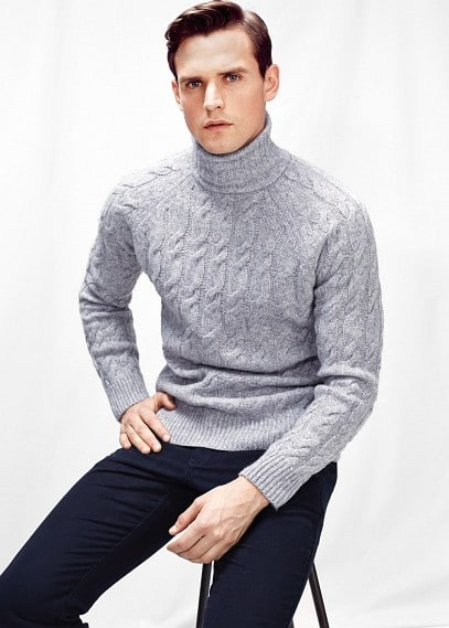 Turtle neck wool-blend sweater