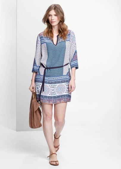 Φόρεμα εμπριμέ με λαχούρια | VIOLETA BY MANGO