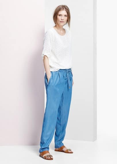 Kalhoty z jemné tkaniny denim | VIOLETA BY MANGO