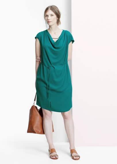 Φόρεμα ντεκολτέ ντραπέ | VIOLETA BY MANGO