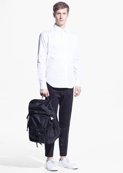 Modern slim-fit cotton shirt