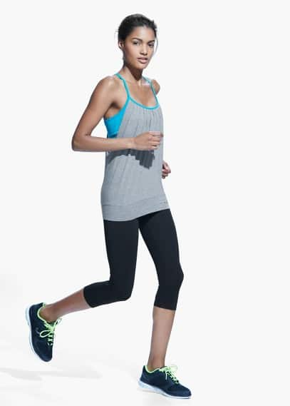 Fitness & running - incorporated bra t-shirt | MANGO