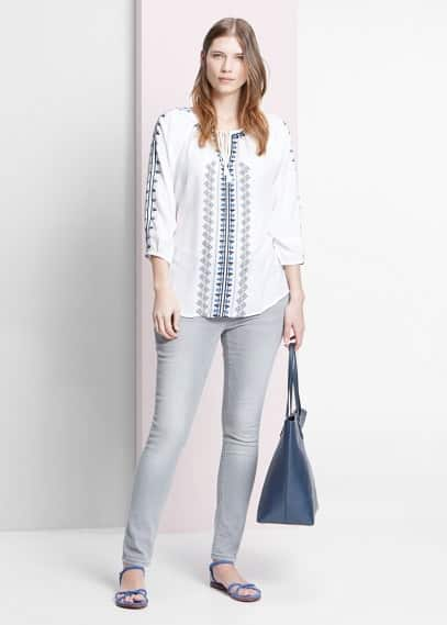 Embroidered blouse | VIOLETA BY MANGO