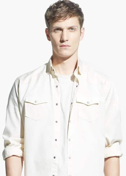 Classic-fit chest-pocket twill shirt | MANGO MAN