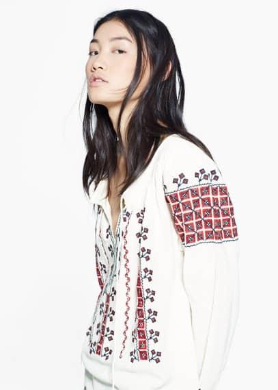 Ethnic embroidery blouse   MANGO