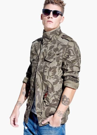 Field jacket estampado camuflagem | MANGO MAN