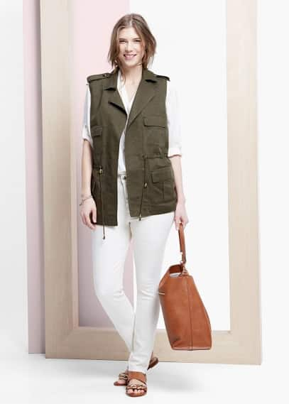 Multi-pocket linen-blend vest