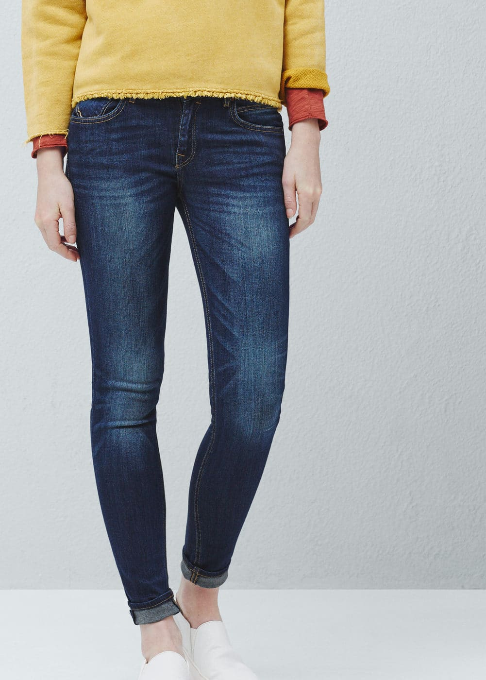 Push-up uptown jeans | MANGO