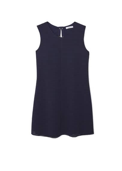 Robe Texturée Cordon - Tissu texturé, détails ajourés, col rond, sans manches, cordon entrelacé, doublure.