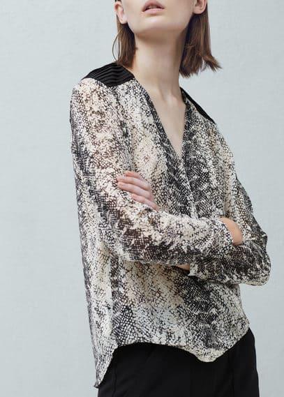 Snake print blouse | MANGO