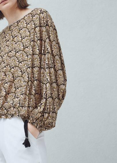 Textured printed blouse | MANGO