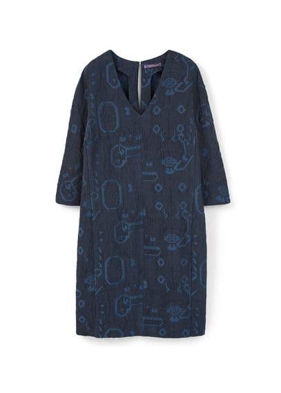 Robe Texturée Jacquard - Tissu jacquard, col en V, manches longues, fermeture en goutte à l'arrière.