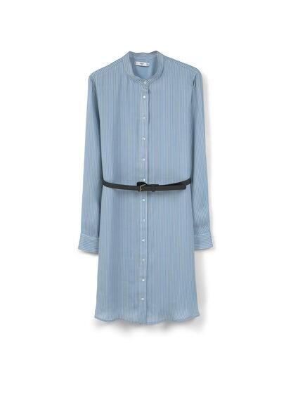 Robe Chemisier À Rayures - Tissu fluide, col rond, fermeture boutonnée sur le devant, manches longues avec poignets boutonnés, ceinture amovible à la taille.