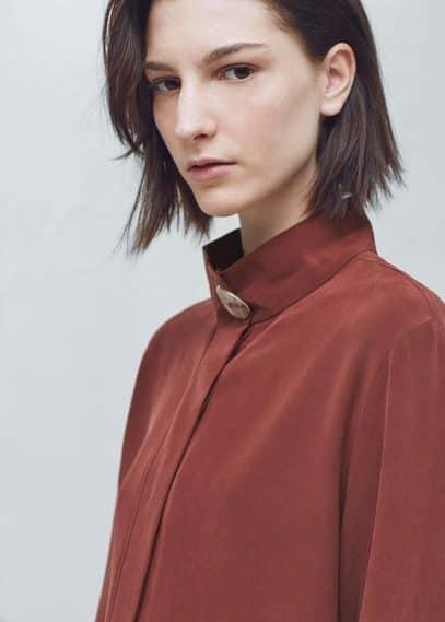 Premium - blusa seda botón | MANGO