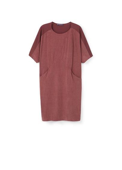 Robe Partie Avant Cupro - Tissu en cupro mélangé, col rond, manches courtes, poches latérales.