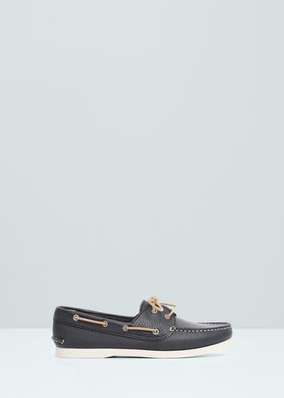 Chaussures bateau cuir | MANGO MAN