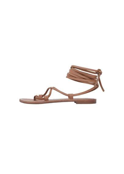 Sandales À Lanières Cuir - Double bride en cuir, détail surpiqué.