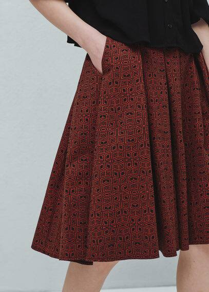 Pleat-detail printed skirt | MANGO