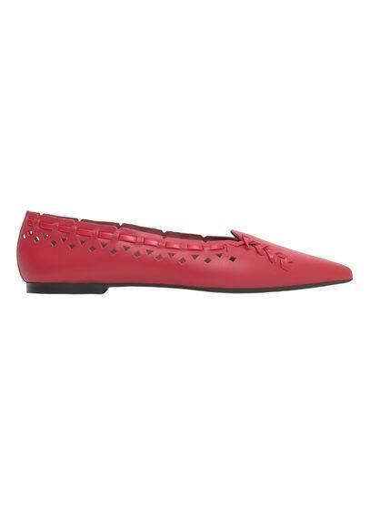 Chaussures Cuir Pointues - À pointe, lanières décoratives, empiècement perforé.