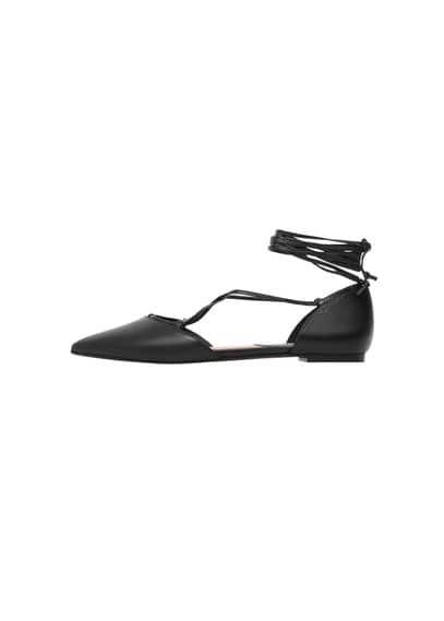 Chaussures Plates Bout Pointu - À pointe, cordon entrelacé.