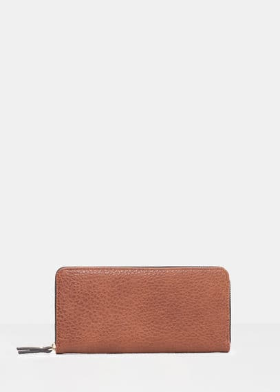 Pebbled wallet | VIOLETA BY MANGO