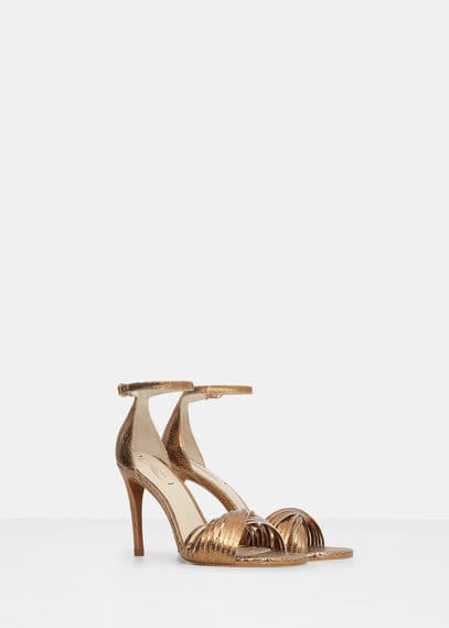 Criss-cross straps sandals | VIOLETA BY MANGO